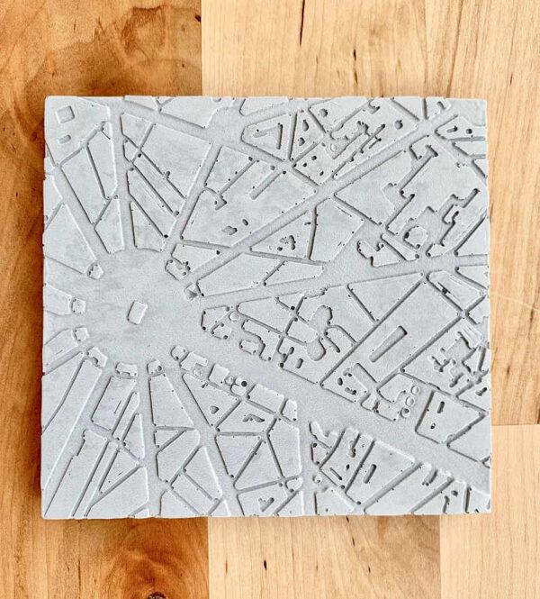 Dessous de plat design, en béton avec motif place de l'Etoile