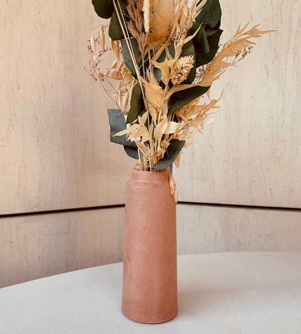 Vase design couleur Terracotta en béton