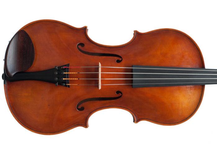 Violon créé par le luthier Jan Bartos