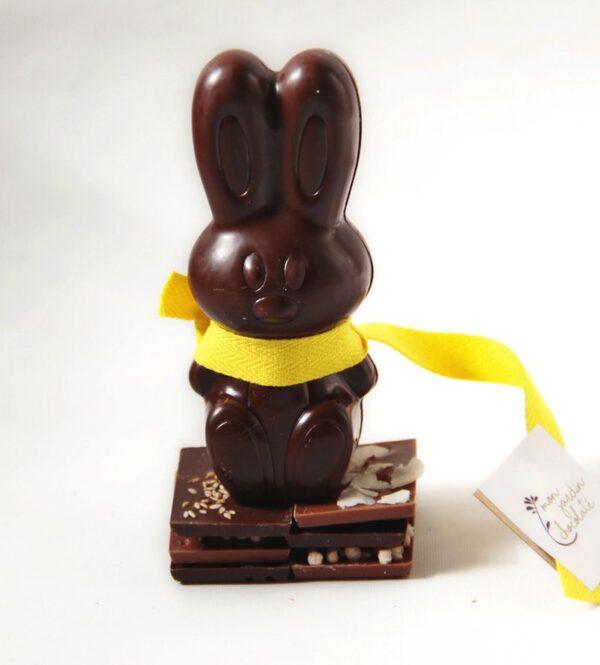 Petit lapin en chocolat bio, fabriqué à la main dans une chocolaterie parisienne artisanale
