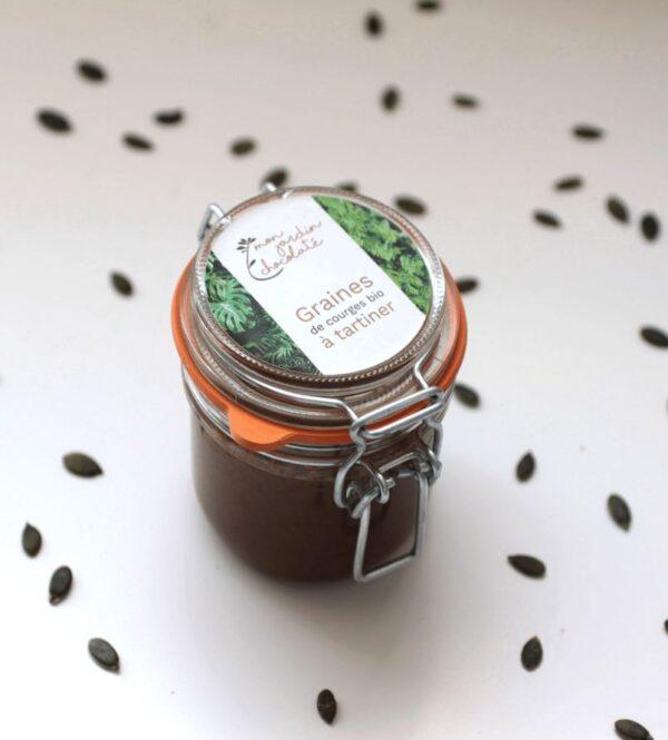 Pot de pate à tartiner bio, sans huile de palme. Cette pate à tartiner est fabriquée artisanalement par la chocolaterie parisienne Mon jardin chocolaté